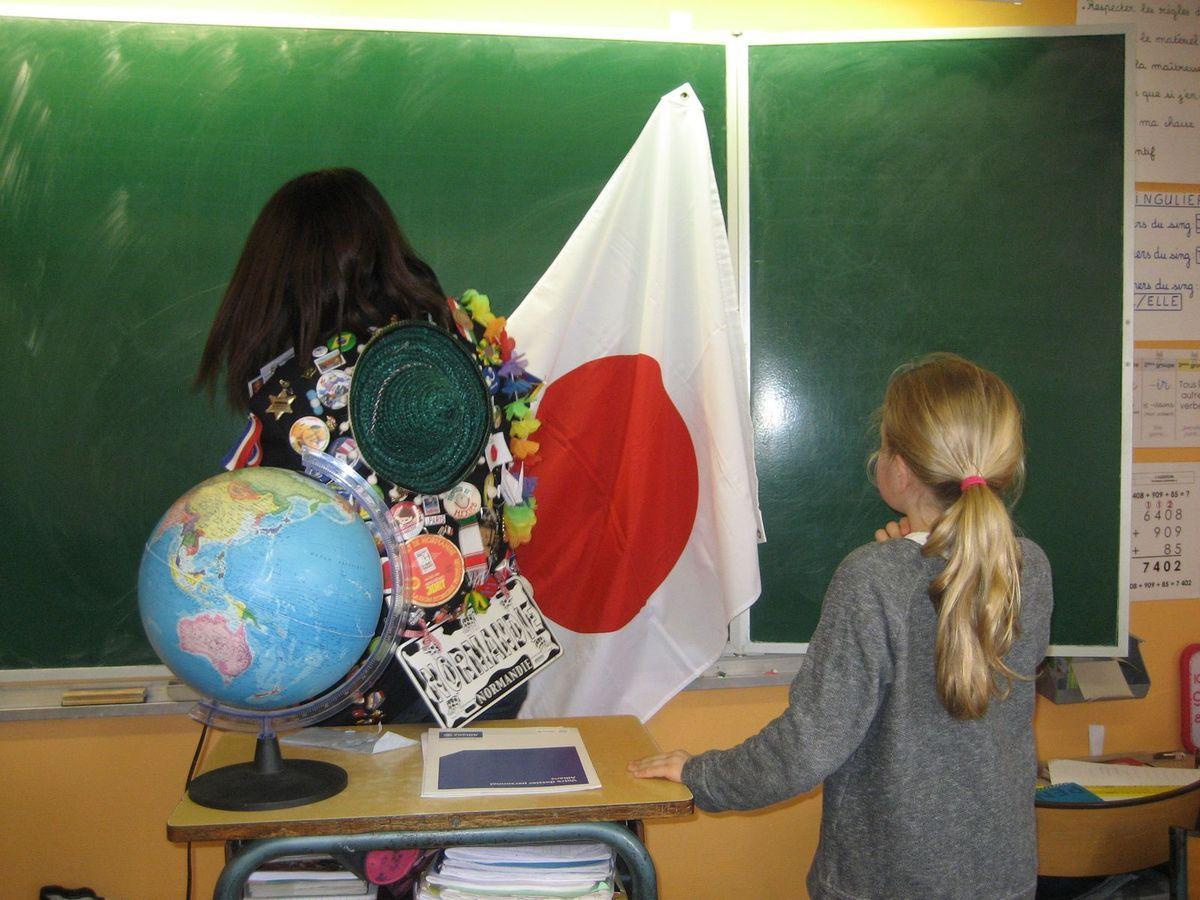 Z- Une jeune japonaise en CE2-CM1 2015