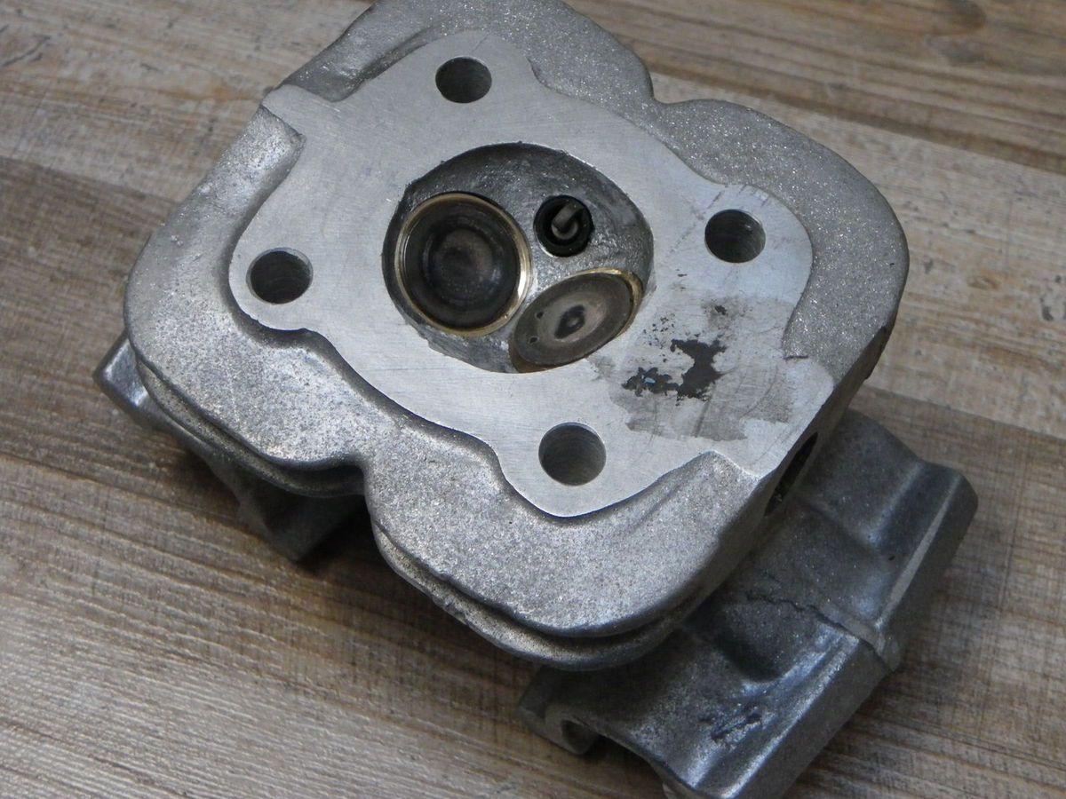 50cc  DOHC cylinder head