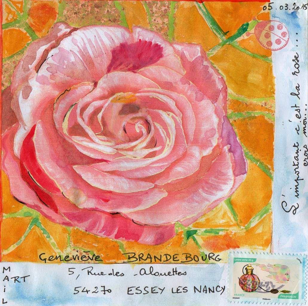 Bonjour Geneviève, voici pour changer une rose, selon vos thèmes de prédilection,très cordialement,Nadine.