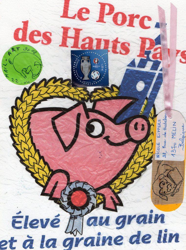 Bonjour Nicole, depuis les hauts de France,je t'envoie Piggy.Très bon week-end à toi,bisous de Nadine.