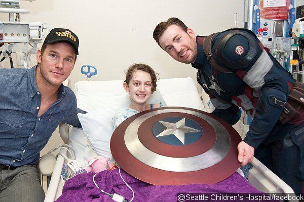 Chris Evans en Captain America pour les enfants malades
