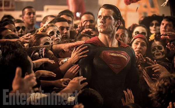 Les 1eres images officielles de BATMAN V SUPERMAN!