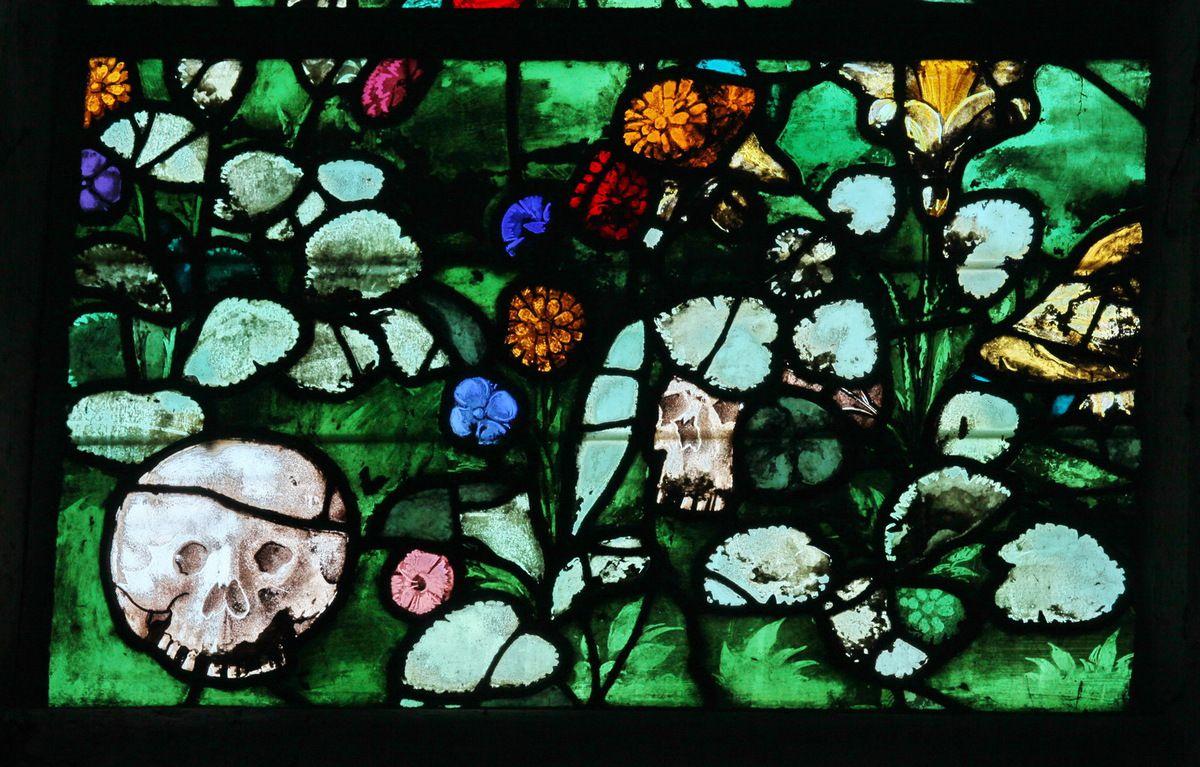 """Vitrail """"de Roncherolles (1522), cathédrale de Beauvais, photo lavieb-aile."""