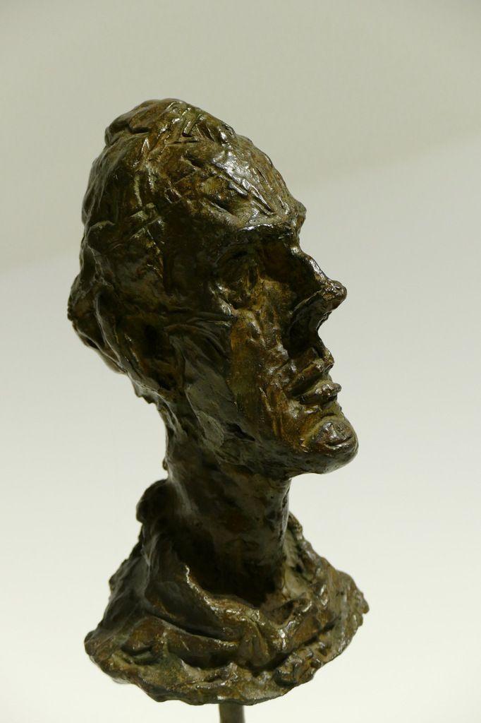 """""""Diego, portrait au col roulé"""", vers 1954, bronze, Alberto Giacometti  . Landerneau, septembre 2015, photographie lavieb-aile."""