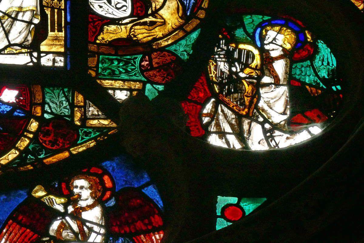 Tympan de la baie 12, cathédrale de Beauvais, photo lavieb-aile