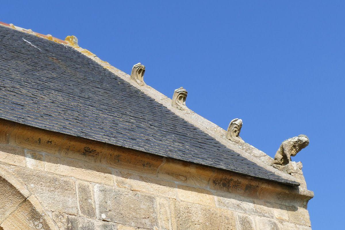 Rampant du pignon est , chapelle Notre-Dame-de-Rocamadour, photo lavieb-aile.