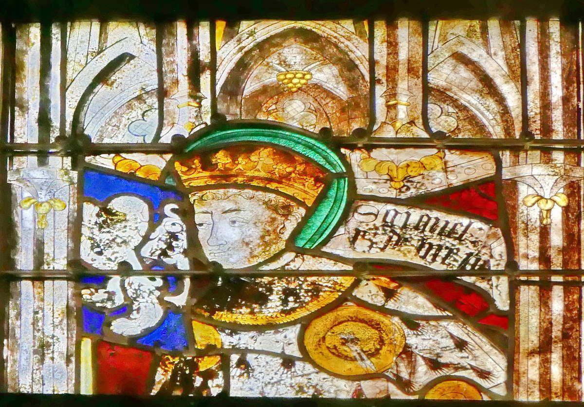 Lancette B,  baie n°104 du rond-point du chœur de la cathédrale de Quimper, photographie lavieb-aile.