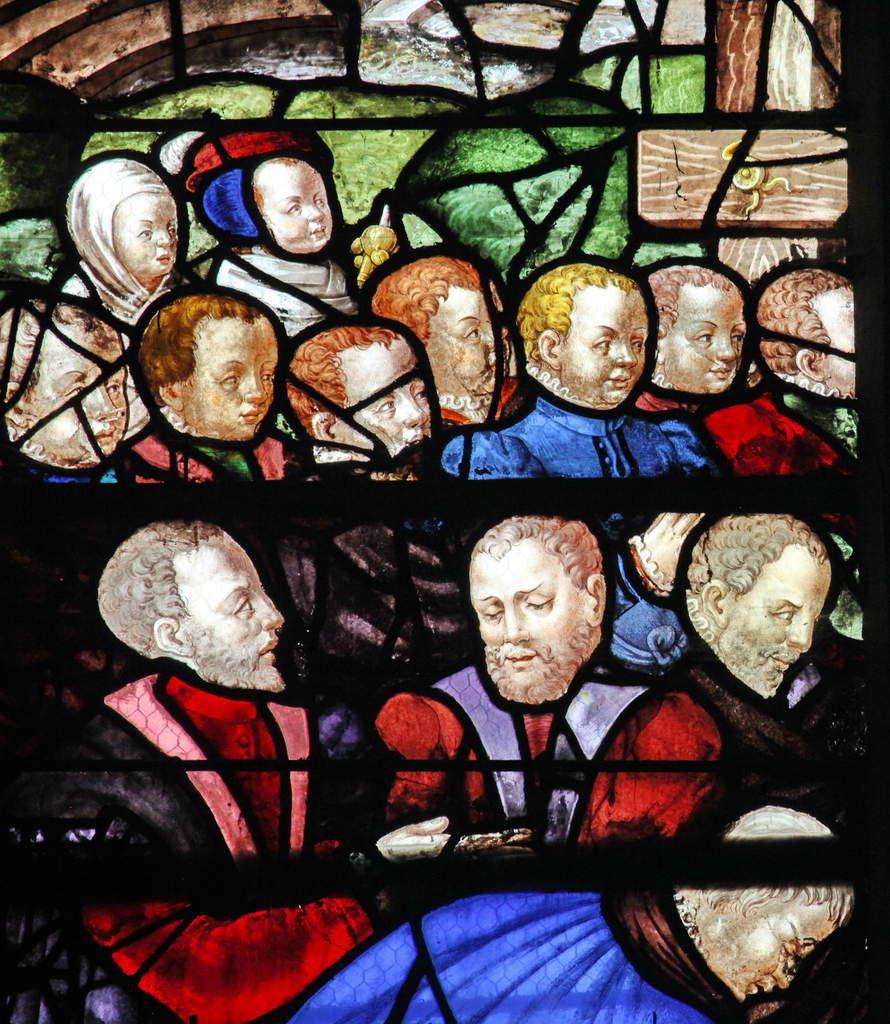 Jean le Tellier, donateur, vitrail du Pressoir Mystique, baie n°14 de l'église Sainte-Foy de Conches-en-Ouche, photographie lavieb-aile.