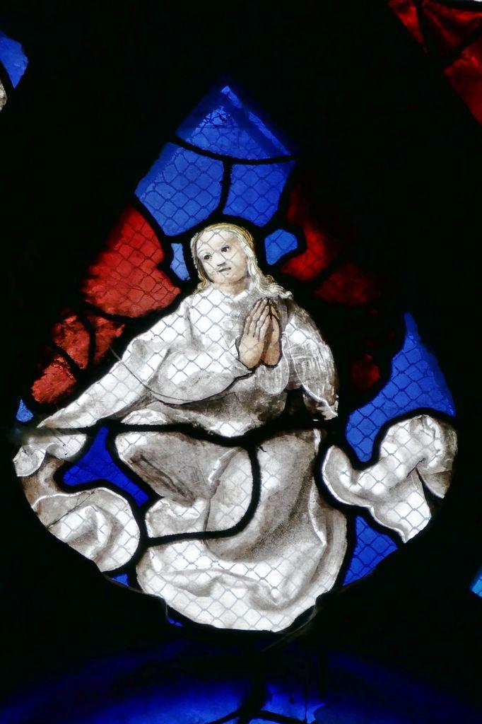Tête de la lancette B, registre supérieur, baie n°6 du Jugement Dernier, église Saint-Étienne de Beauvais, photographie lavieb-aile.
