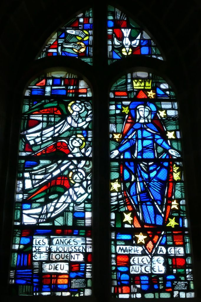 Assomption, Jacques Le Chevallier, vitrail du déambulatoire, chœur de l'église Notre-Dame du Cap Lihou, Granville, photographie lavieb-aile.