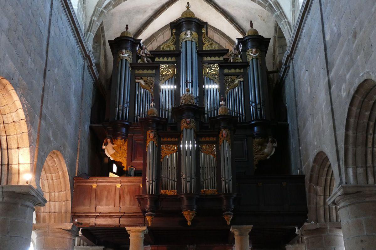 Grand Orgue de l'église Notre-Dame du Cap Lihou, Granville, photographie lavieb-aile.