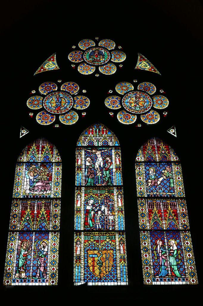 La verrière des Forgerons (Schmiedefenster) de la cathédrale de Fribourg, photographie lavieb-aile