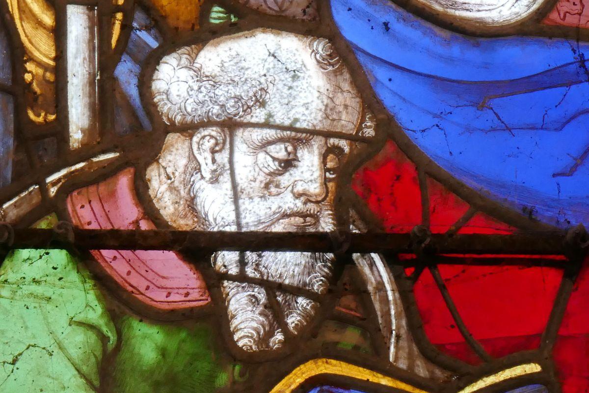 Saint Pierre, Verrière de la Dormition et du Couronnement de la Vierge, chapelle Notre-Dame-du-Crann, Spézet. Photographie lavieb-aile.