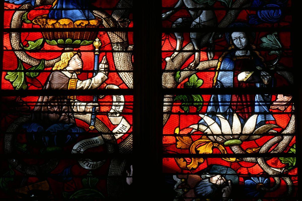 Annonciation, lancettes inférieures B et C, baie 116, Arbre de Jessé, cathédrale de Sens, photographie lavieb-aile.