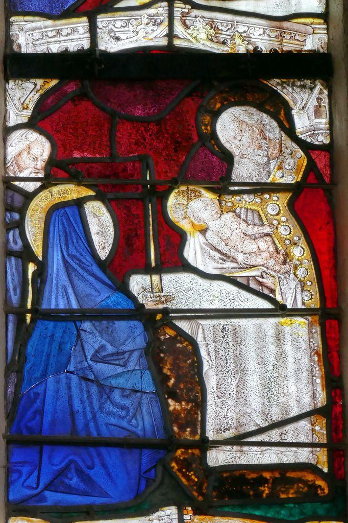 Présentation de Jésus à Siméon, baie axiale, église de Brennilis. Photographie lavieb-aile.
