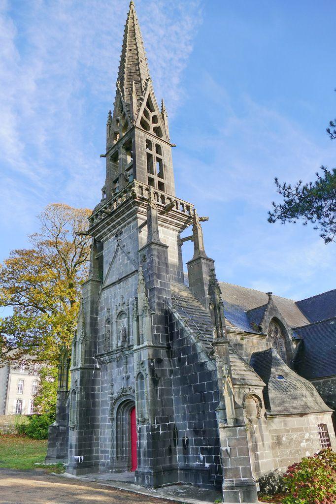 Clocher de l'église Notre-Dame de Rumengol. Photographie lavieb-aile.