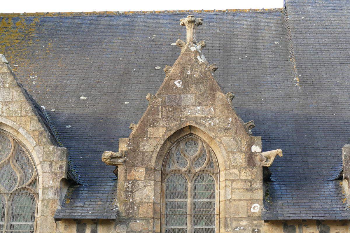 Lucarnes de la façade sud de l'église Saint-Thomas de Landerneau. Photographie lavieb-aile.