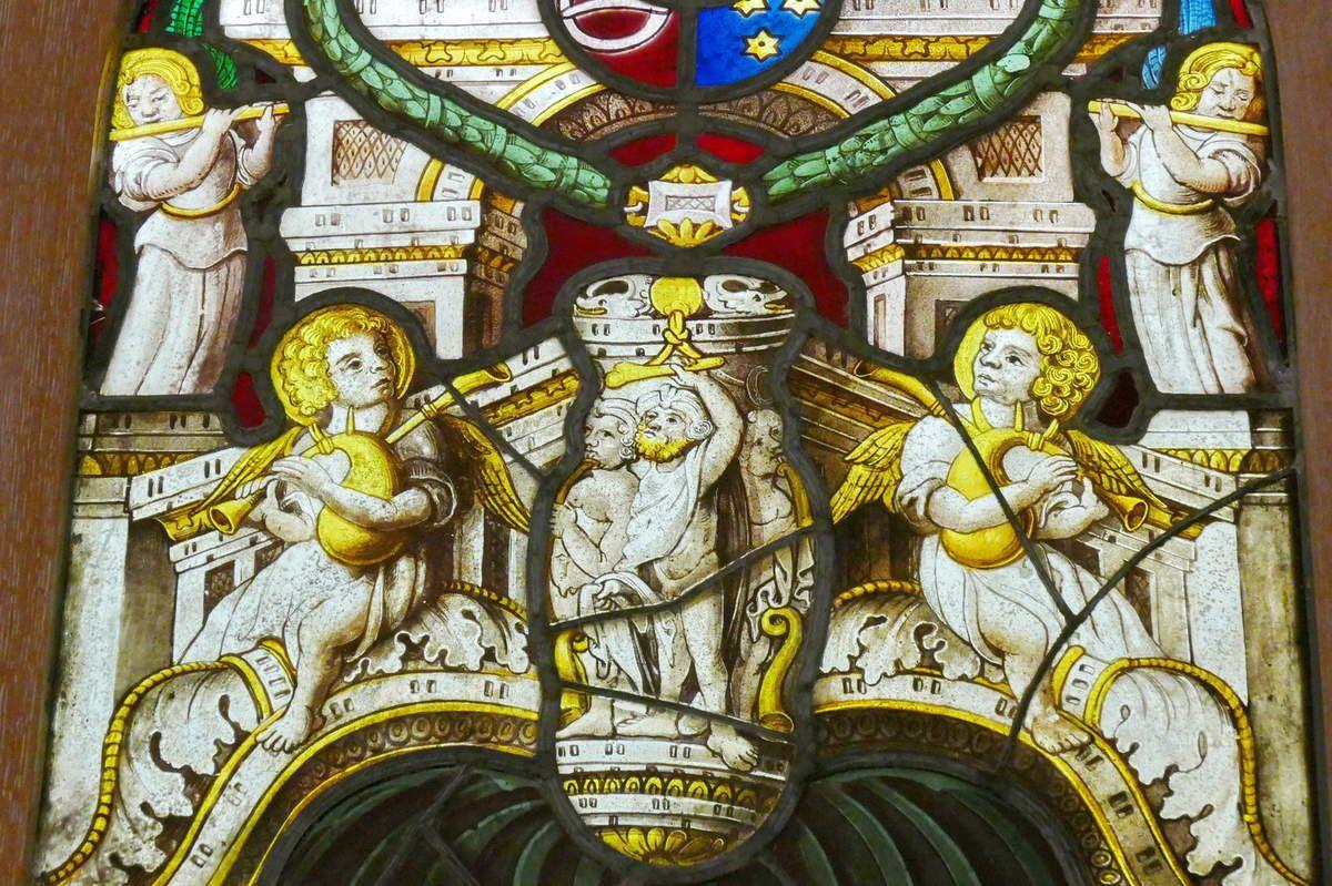 Dais de la verrière de la chapelle Saint-Exupère de Dinéault. Musée Départemental Breton. Photographie lavieb-aile février 2017.