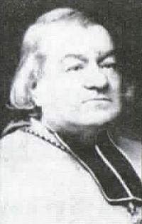 Mgr Bougaud, évêque de Laval (?), lancette D de la baie du Couronnement, Basilique du Folgoët. Photographie lavieb-aile mai 2017.