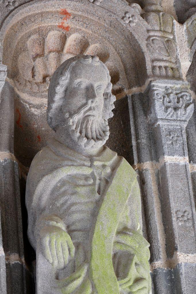 Sculpture sur pierre de l'Abbaye de Daoulas. I. Le Porche aux Apôtres (1566).