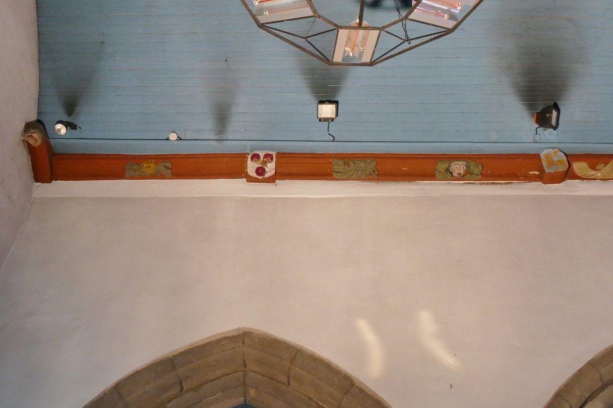 Sablières du chœur de l'église Notre-Dame-de-Bonne-Nouvelle à l'Hôpital-Camfrout. Photographie lavieb-aile juin 2017.
