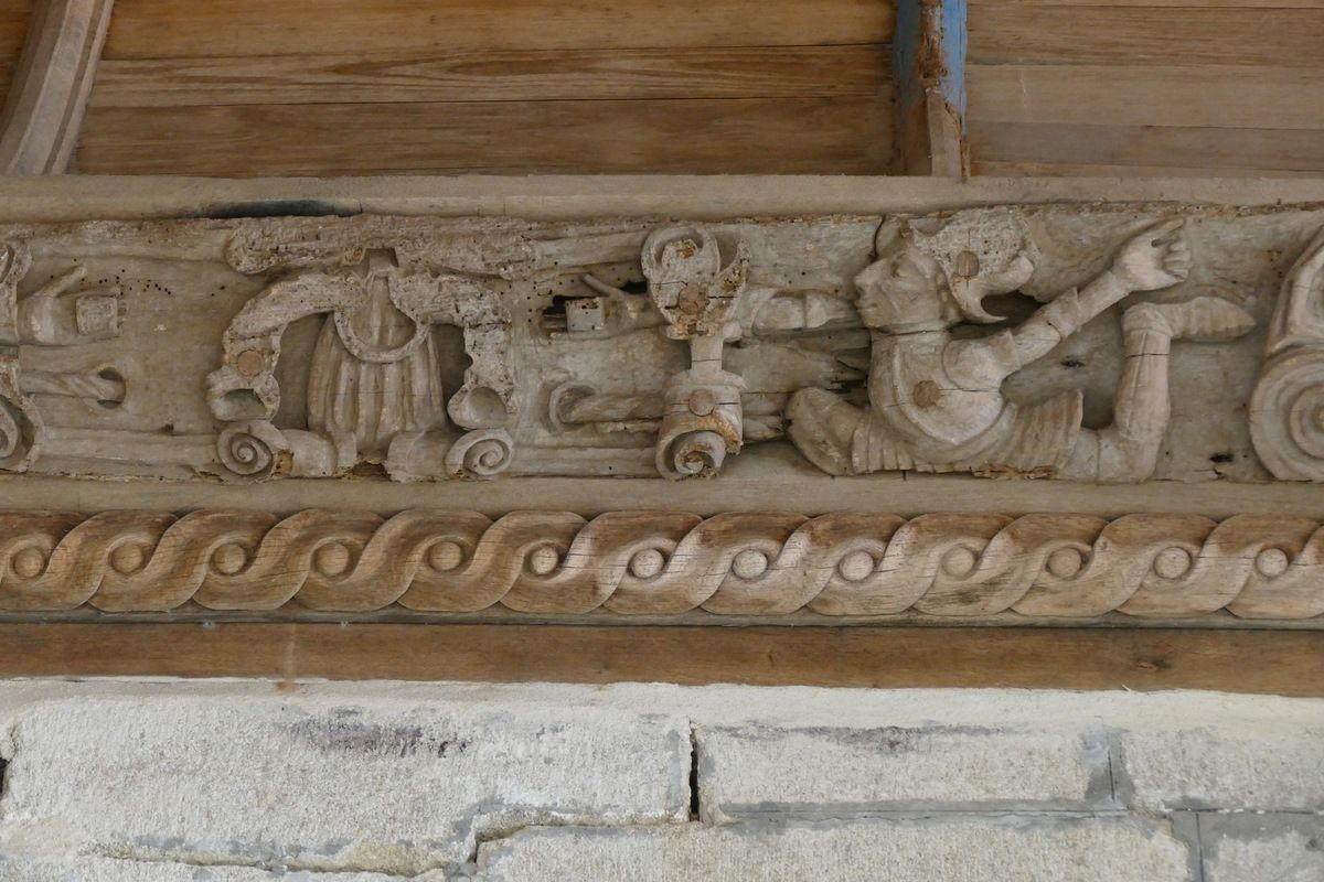 Quatrième  sablière  par le Maître de Pleyben v. 1575, quatrième travée du bas-coté nord, chapelle Sainte-Marie-du-Ménez-Hom.  Photographie lavieb-aile juillet 2017.