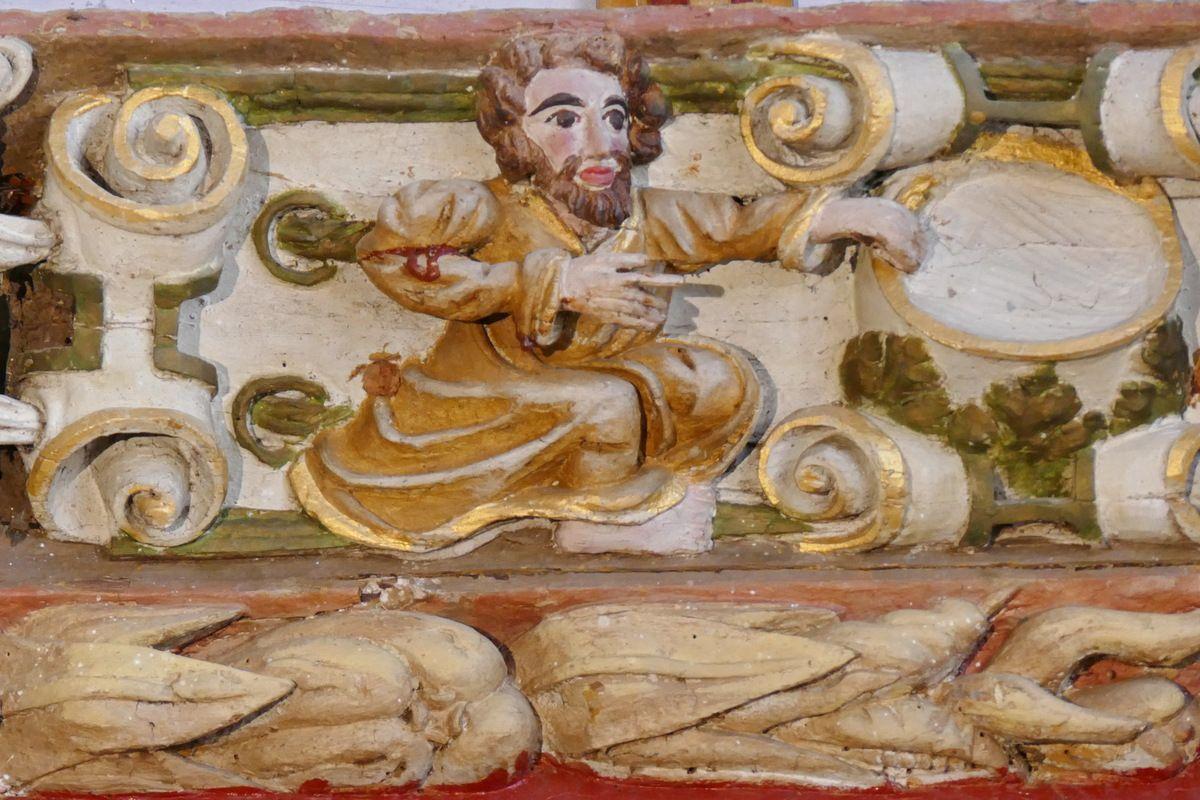 Deux anges présentant le cuir découpéLa Rencontre du Christ et de la Samaritaine., Maître de Pleyben vers 1571, coté oriental du bras sud du transept, église Saint-Germain de Pleyben. Photographie lavieb-aile 2017.