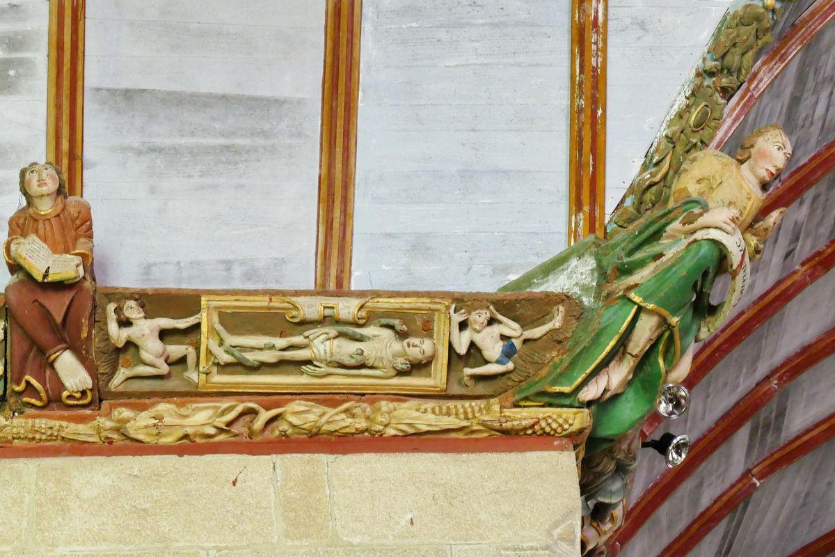 Le cuir découpé au Cadavre dévoré par les vers par le Maître de Pleyben (vers 1571), coté nord du haut de la nef de l' église Saint-Germain de Pleyben. Photographie lavieb-aile juillet 2017.