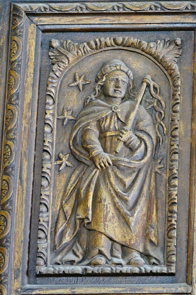 La Sibylle Agrippa,  pan coupé nord de la tribune de l'orgue (1606), église Notre-Dame de Croas-Batz. Photographie lavieb-aile juillet 2017.