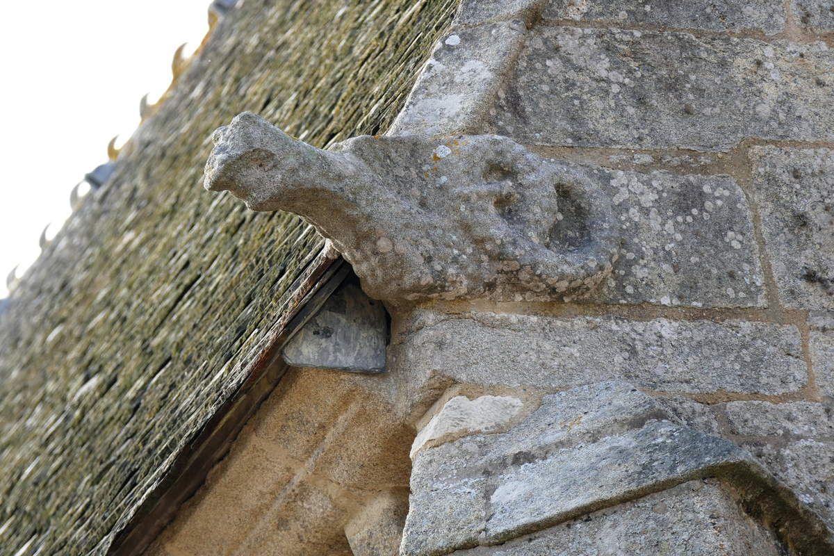 Crossette de l'angle sud-est  de l'église Notre-Dame-de-Croas-Batz (1522-1545) à Roscoff. Photographie lavieb-aile juillet 2017.