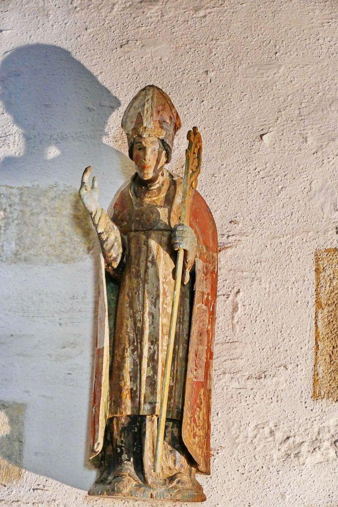 Saint évêque, église Sainte-Pitère, Le Tréhou. Photographie lavieb-aile août 2017.