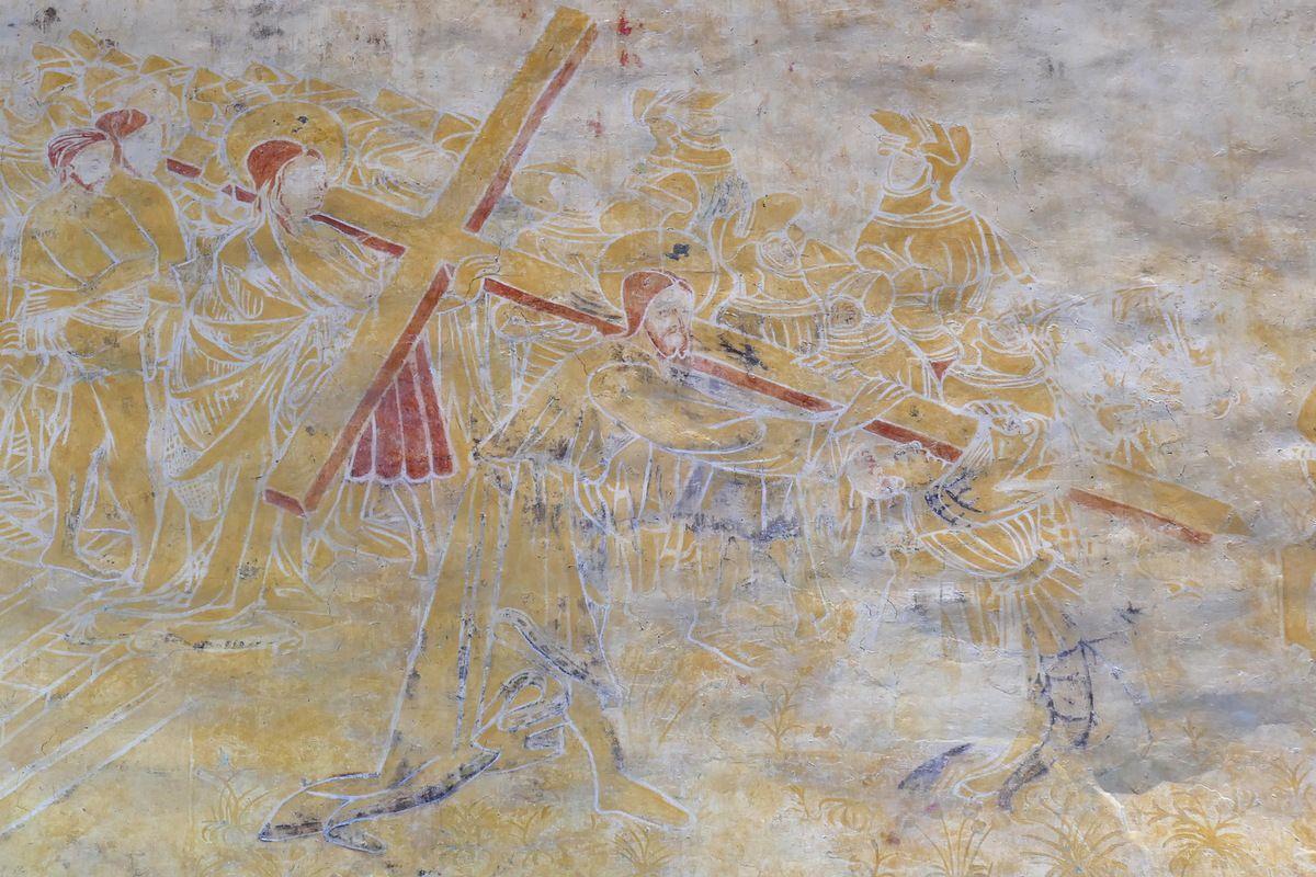 Le Portement de croix,  coté sud de la nef, peintures murales de la chapelle Saint-Jacques à Saint-Léon, Merléac. Photographie lavieb-aile septembre 2017.