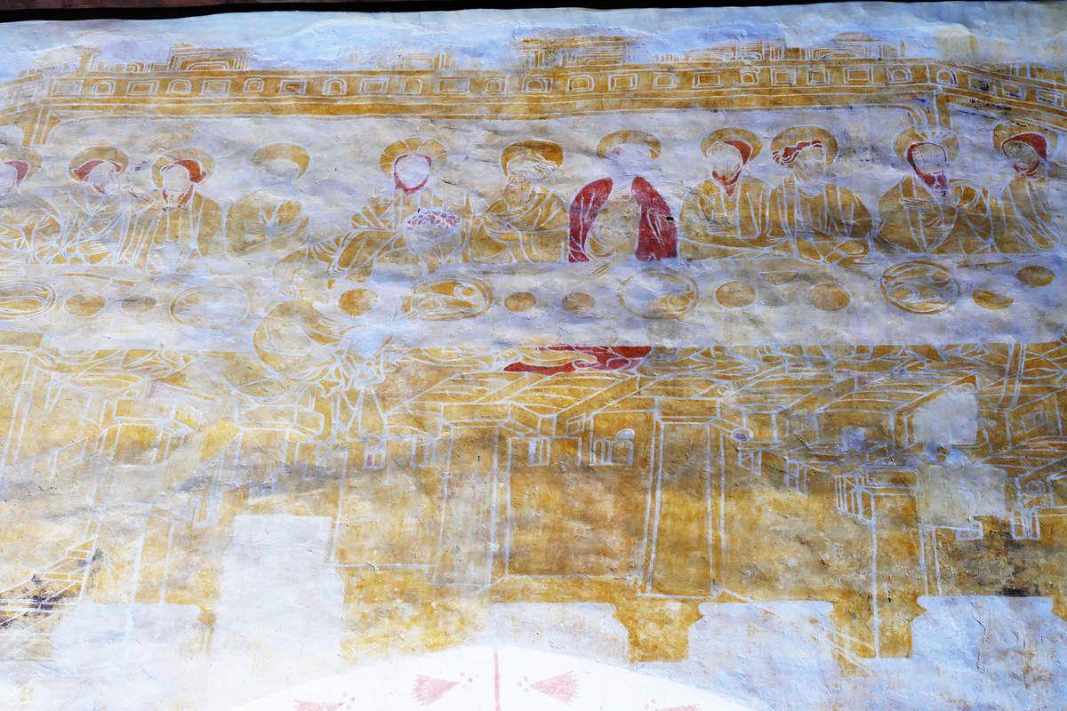 La Cène, coté nord de la nef,   peintures murales de la chapelle Saint-Jacques à Saint-Léon, Merléac. Photographie lavieb-aile septembre 2017.