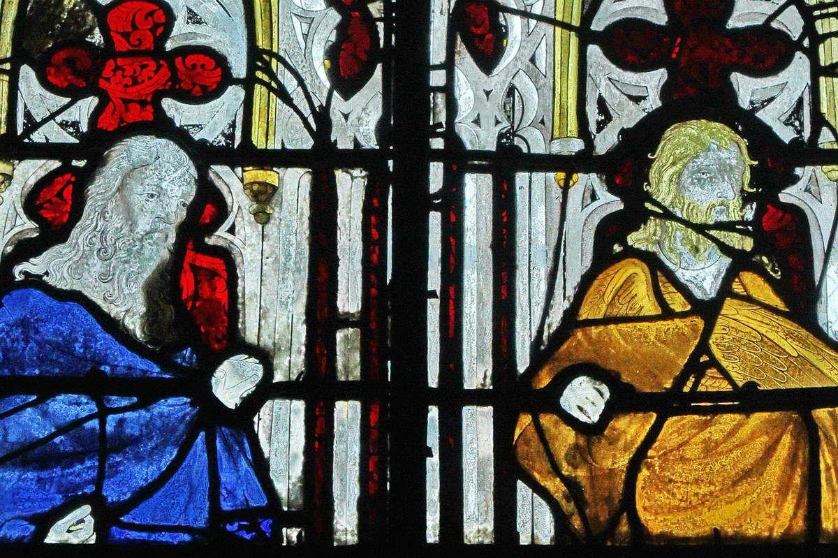 Baie 3, anciennes verrières (avant 1405) de la Sainte-Chapelle de Bourges, crypte de la cathédrale de Bourges. Photographie lavieb-aile 2014.