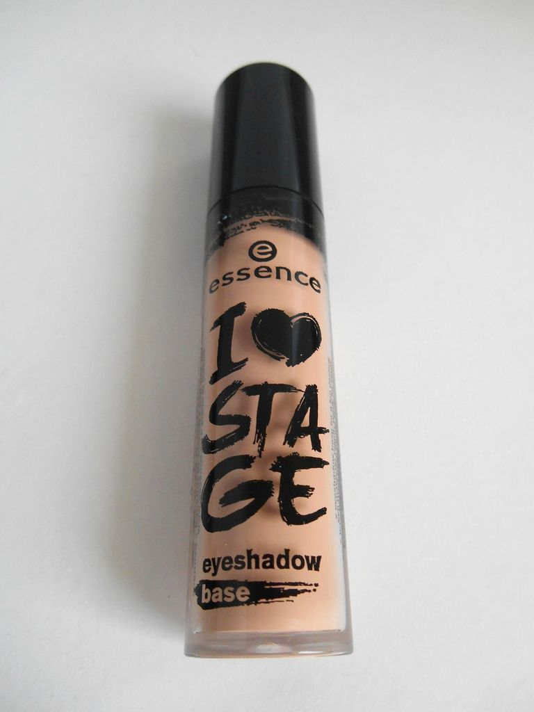 Essence : I ♥ stage eyeshadow base