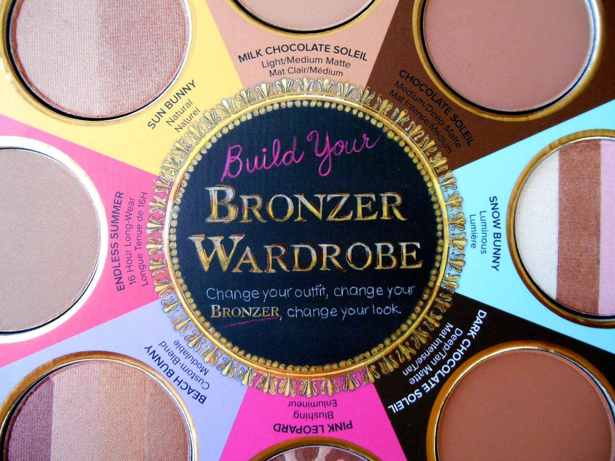 The Little Black Book Of Bronzers by Too Faced ... je t'aime à la folie !