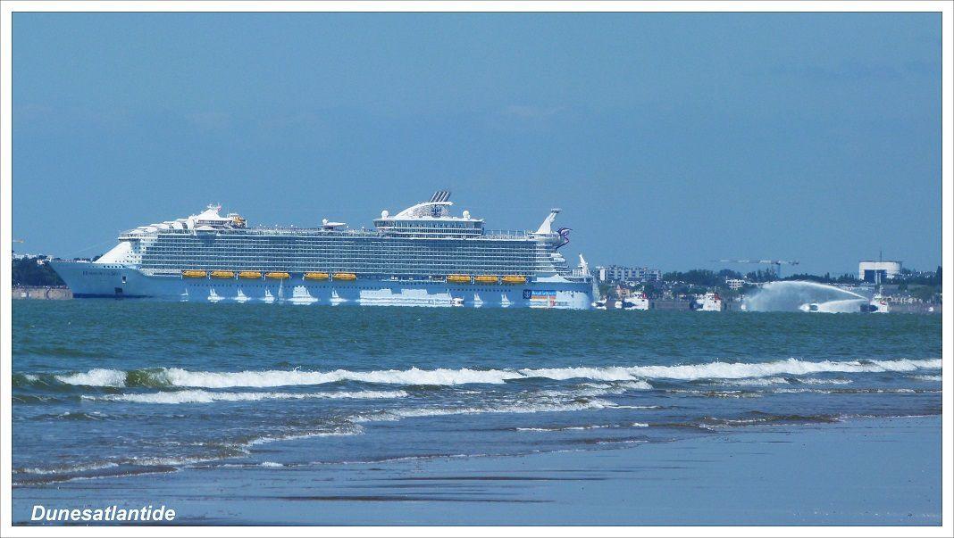 Le plus gros paquebot du monde, « Harmony-of-the-Seas », a pris la mer.