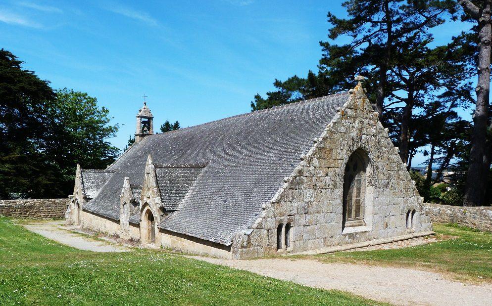 Port  Blanc  et la petite  chapelle  Notre  Dame
