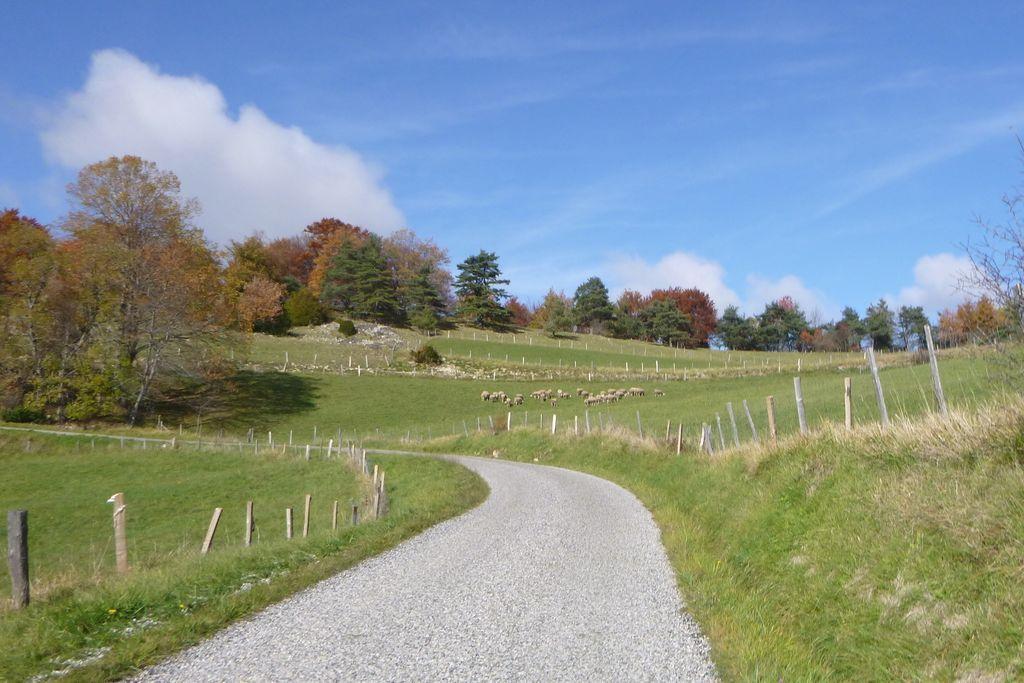 Col de la Croix Bernard et descente dans la vallée de l'Isère