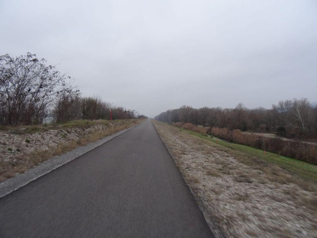 Via Rhona, Rochemaure et sa passerelle