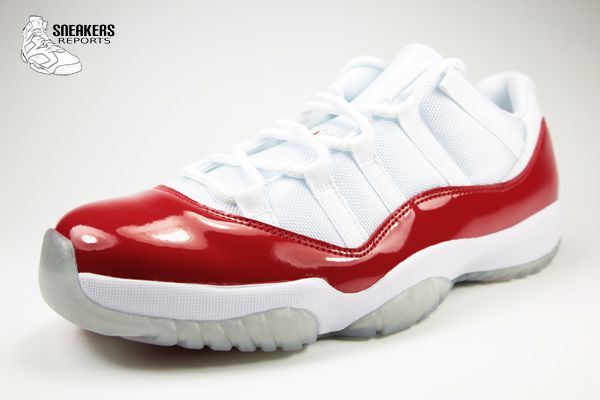 Nike Air Jordan XI Low Cherry