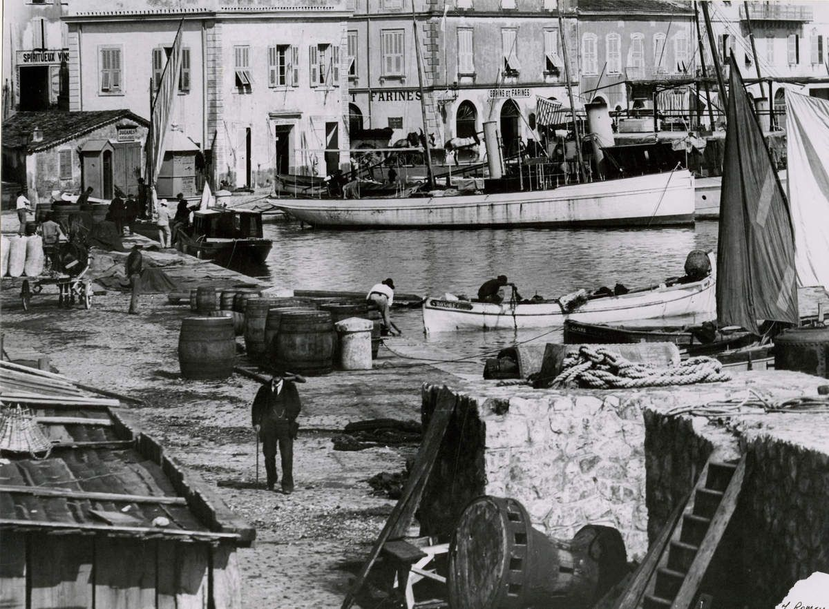 Commerce Graines et Farines, quai Saint-Pierre. Archives municipales.