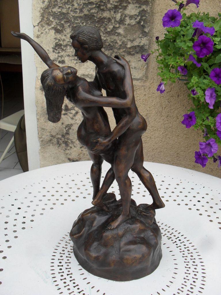Couple de danseurs nus