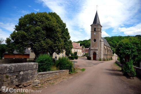 Eglise St Gervais et Protais  OUAGNE 58500 photo : journal du centre