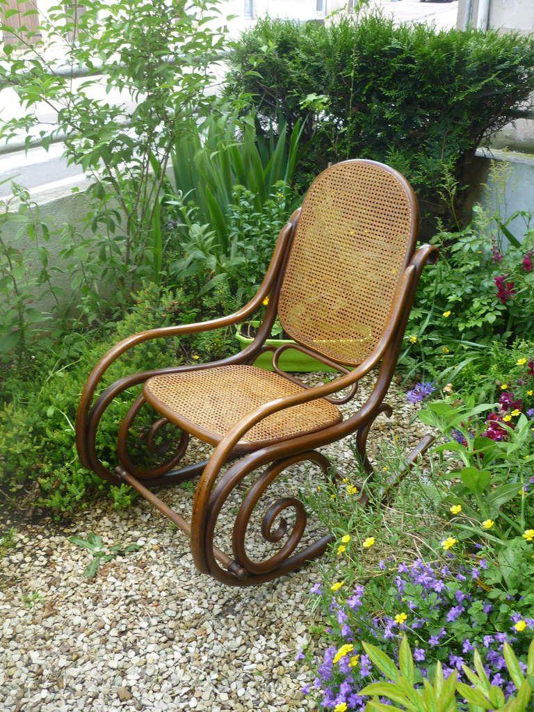 Chaises et fauteuils cannés ou paillés chez JADIS