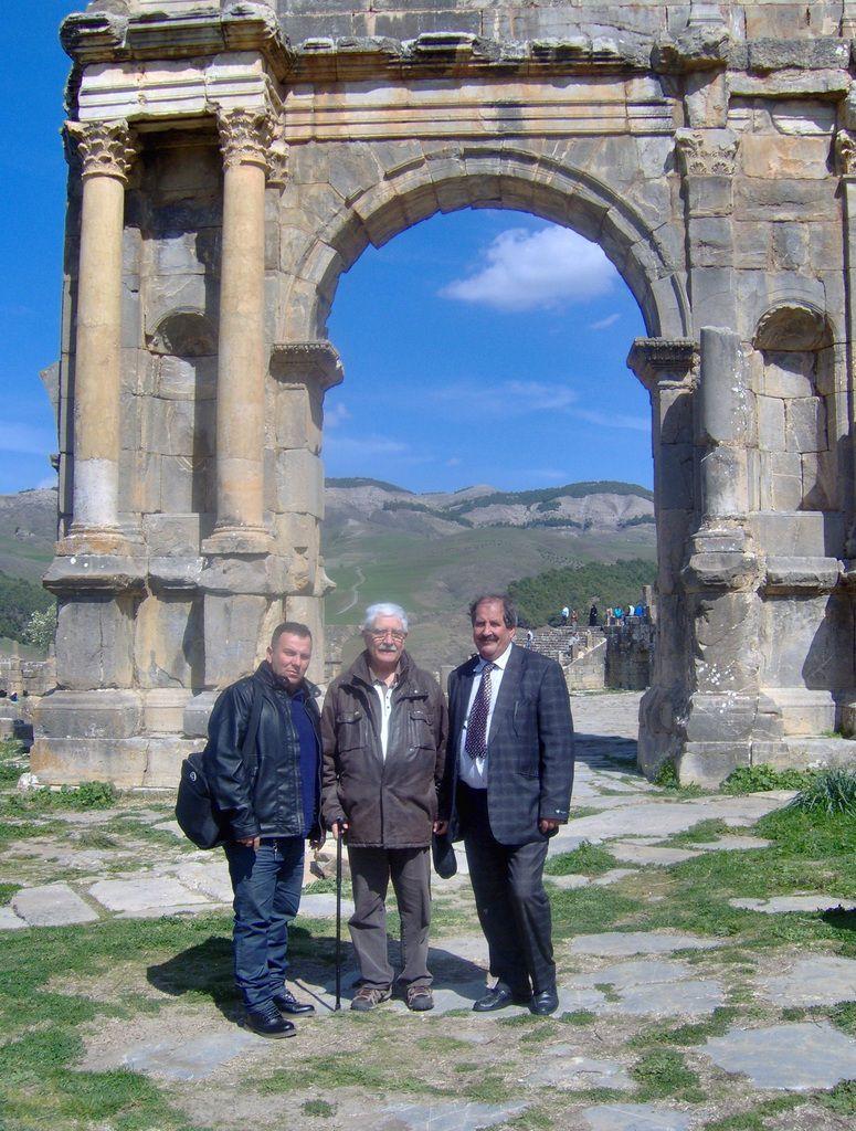 Avec Madani et Madjid devant l'Arc de triomphe à Caracalla.