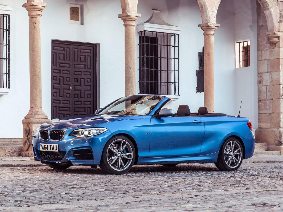 voitures de legende 504 bmw serie 2 m235i cabriolet. Black Bedroom Furniture Sets. Home Design Ideas