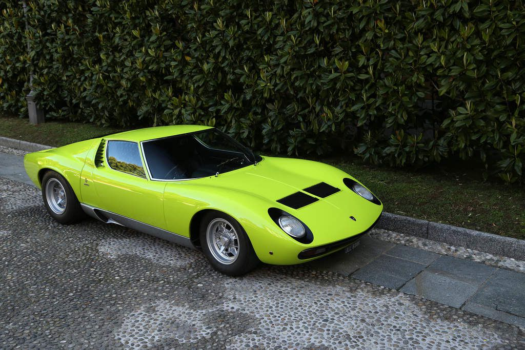 voitures de legende 557 lamborghini miura sv 1971 victor association. Black Bedroom Furniture Sets. Home Design Ideas