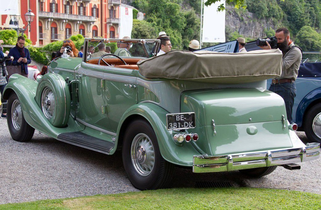 VOITURES DE LEGENDE (561) : PIERCE-ARROW  1242  LeBARON CONVERTIBLE SEDAN - 1933