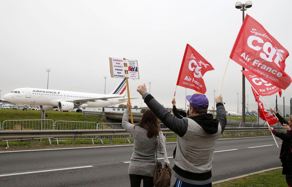AIR FRANCE : 2900 POSTE MENACES !...